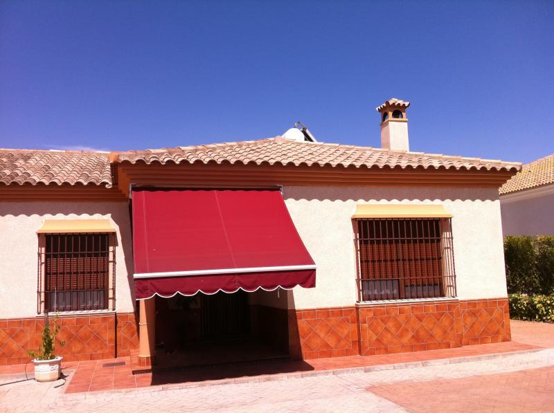 Inmobiliaria carlos iii la carlota for Muebles domus la carlota